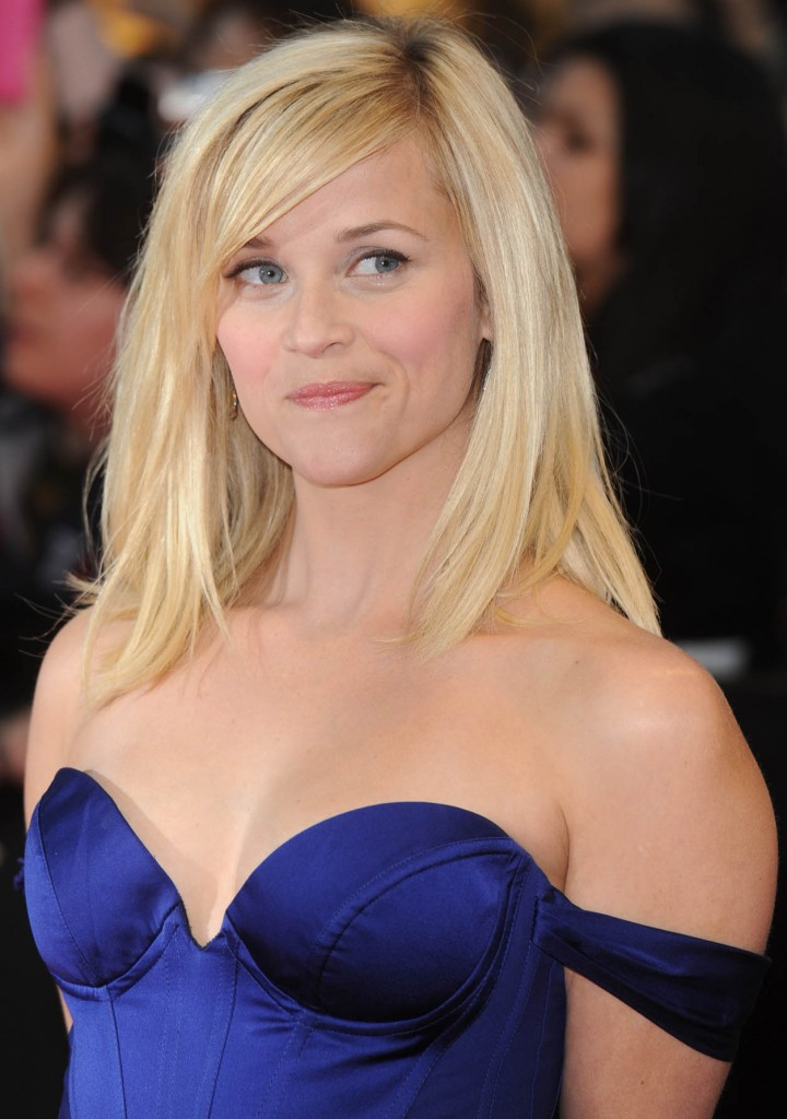 Reese Witherspoon Bra Size