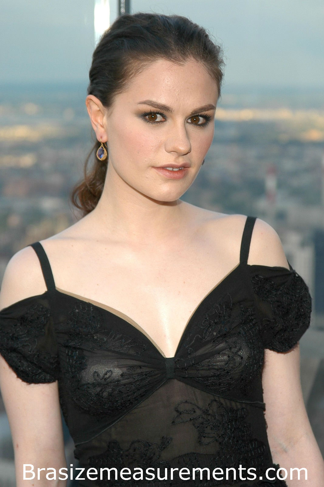 Anna Paquin Body Measurements and Net Worth - Celebrity ... Anna Paquin