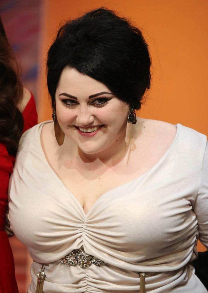 Celebrity bra size 36c pictures