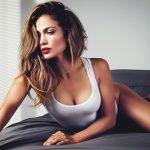 Jennifer Lopez Bra Size and Body Measurements