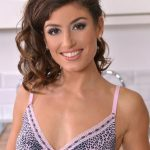 Julia Roca Cup Size Height Weight